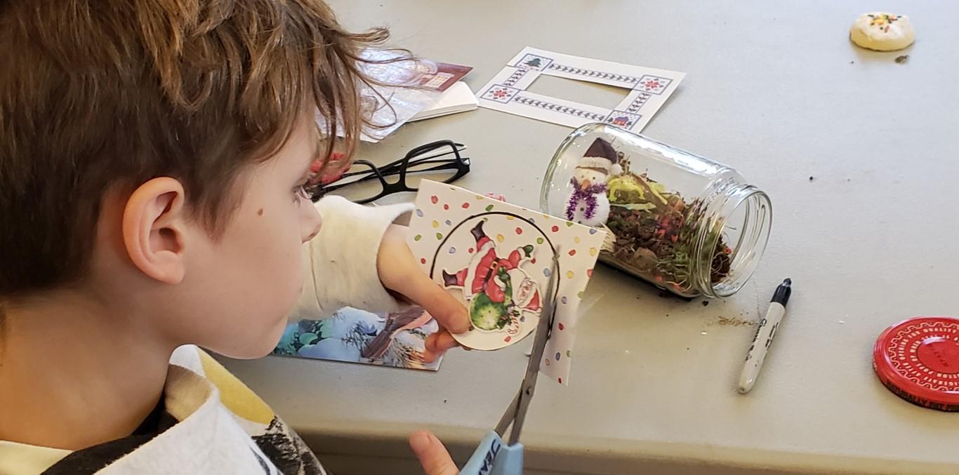 Holiday Crafting brings Joy